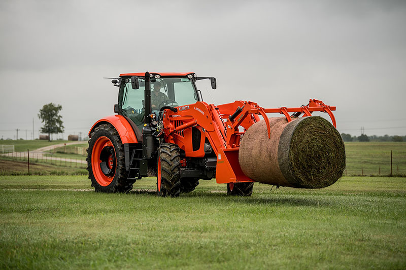 2021 Kubota M7-132 Deluxe Gen 2 in Beaver Dam, Wisconsin - Photo 7