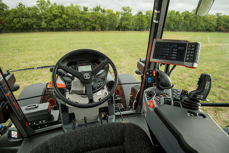 2021 Kubota M7-132 Deluxe Gen 2 in Beaver Dam, Wisconsin - Photo 9