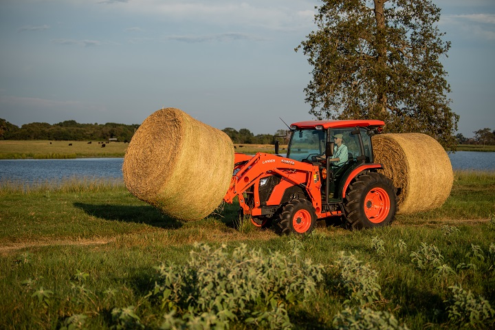 2021 Kubota MX5400 GDT 4WD with Foldable ROPS in Beaver Dam, Wisconsin - Photo 7