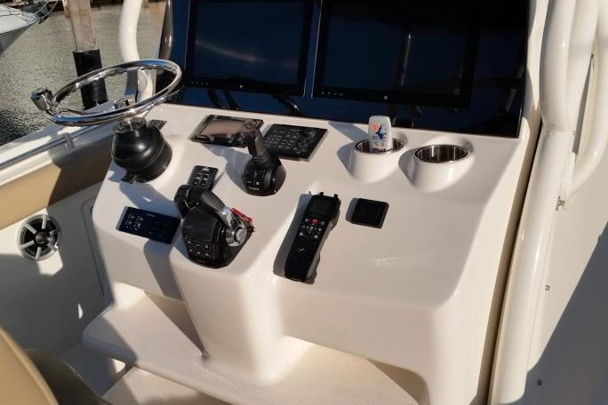 2018 Key West 351 Center Console in Niceville, Florida