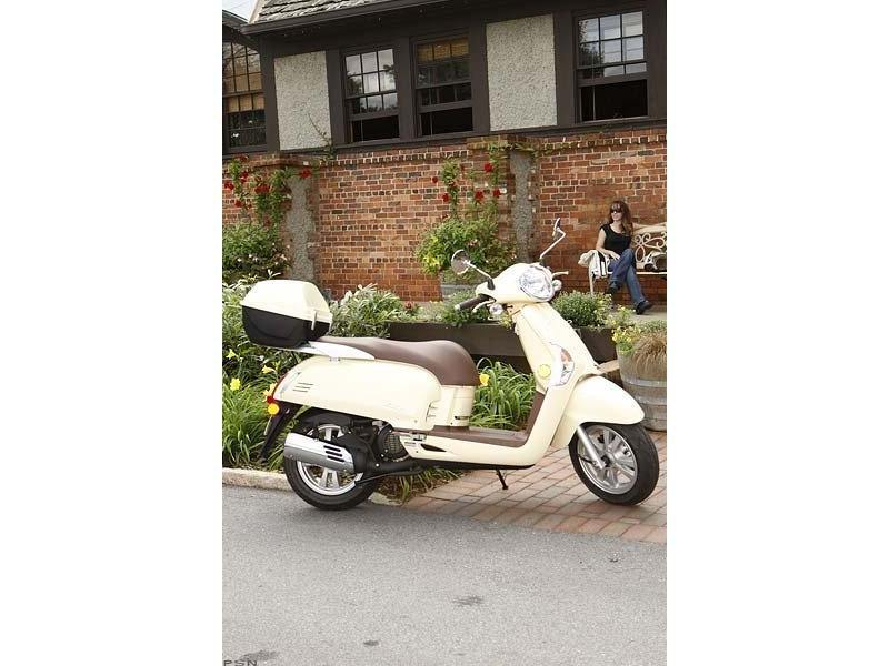2013 Kymco Like 50 2T in Clarence, New York