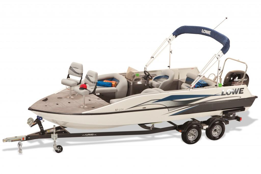 2016 Lowe SD224 Sport Deck in Waxhaw, North Carolina