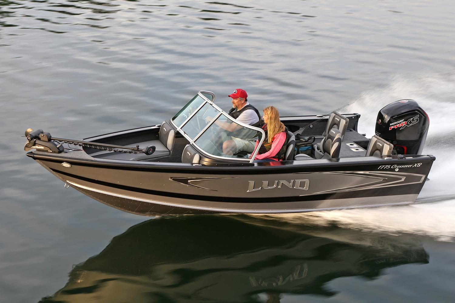 2019 Lund 1775 Crossover XS Power Boats Outboard Albert Lea