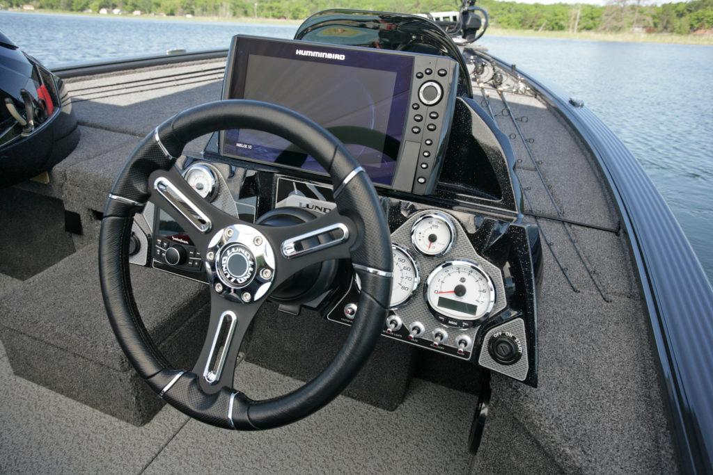 2021 Lund 1875 Pro-V Bass XS in Albert Lea, Minnesota