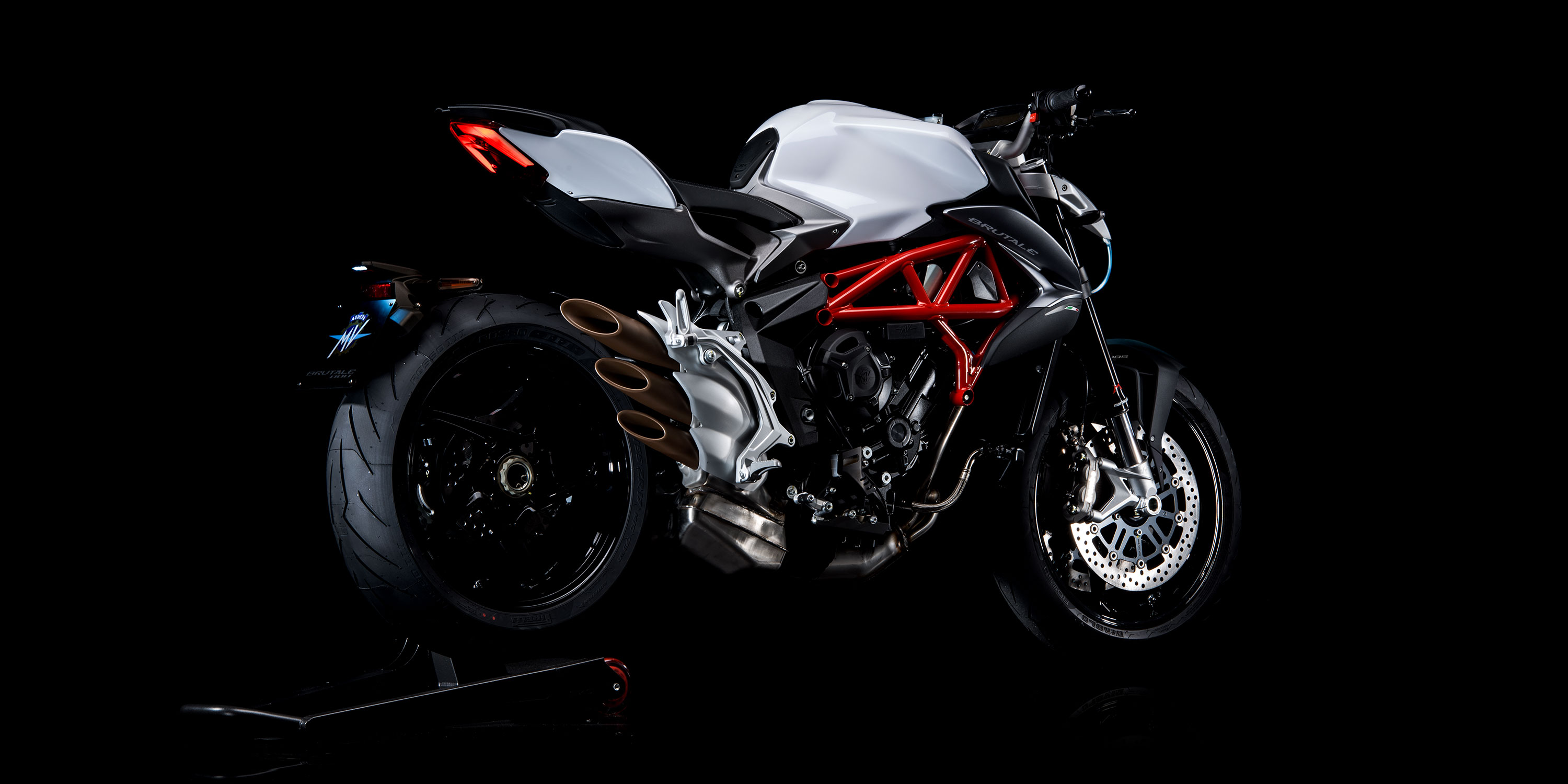 2017 MV Agusta BRUTALE 800 in Greenwood Village, Colorado