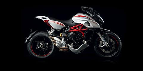 2017 MV Agusta Rivale 800 in Bellevue, Washington