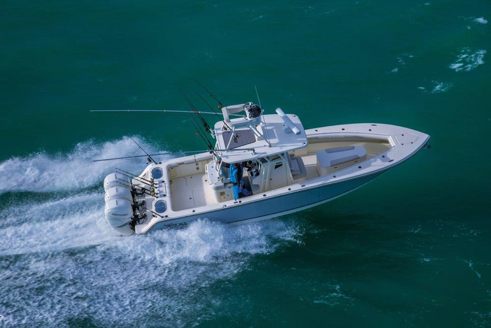 2017 Mako 334 CC Sportfish Edition in Holiday, Florida