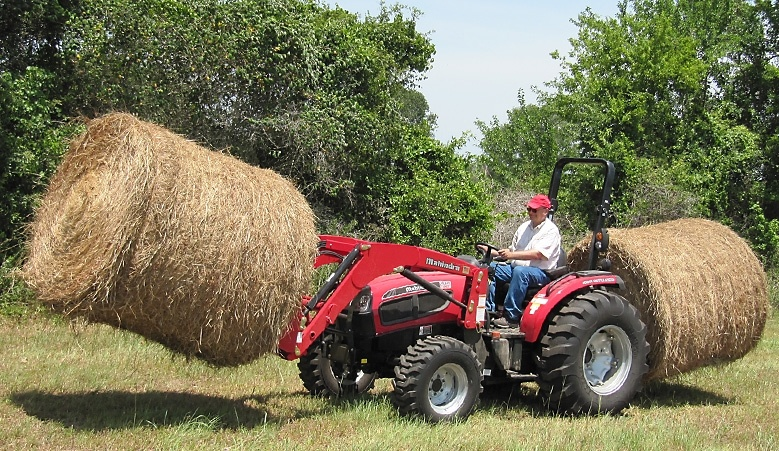 2016 Mahindra 3540 4WD HST in New Braunfels, Texas
