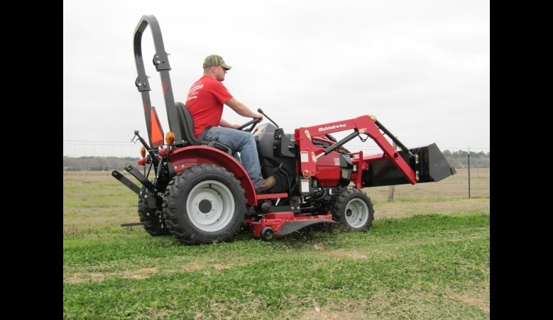 2016 Mahindra Max 26XL 4WD HST in Berlin, Wisconsin - Photo 7
