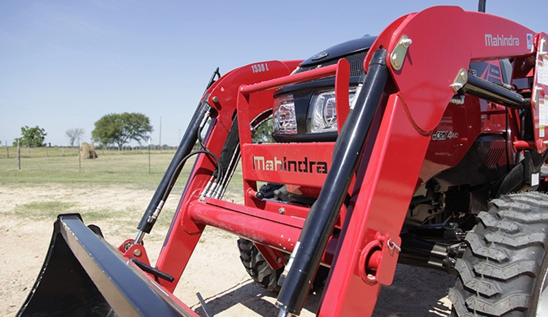 2018 Mahindra 1533 HST in Charleston, Illinois