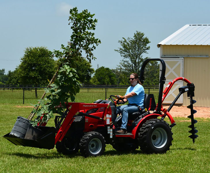 2018 Mahindra Max 26XL 4WD HST in Saucier, Mississippi