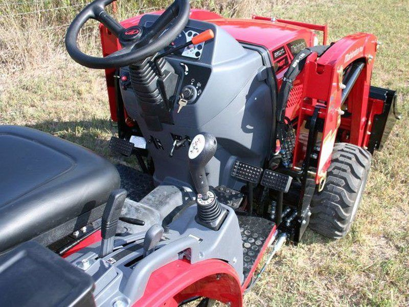 2021 Mahindra Max 25 XL HST OS in Santa Maria, California - Photo 9