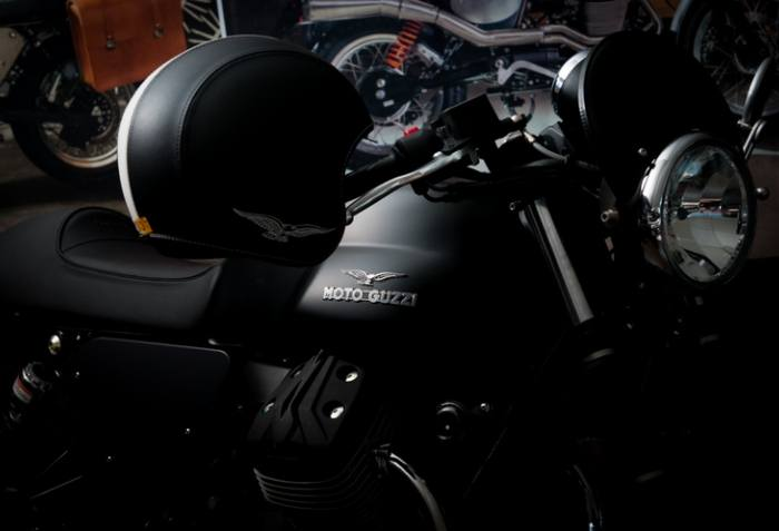 2016 Moto Guzzi V7 II Stone ABS in Edwardsville, Illinois