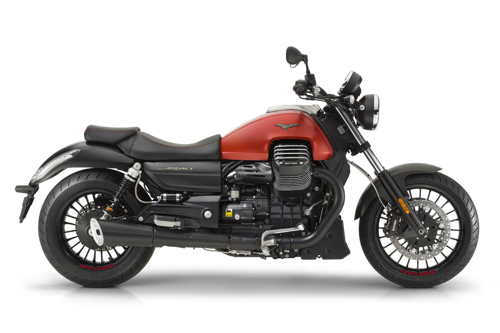 2017 Moto Guzzi Audace in Saint Charles, Illinois