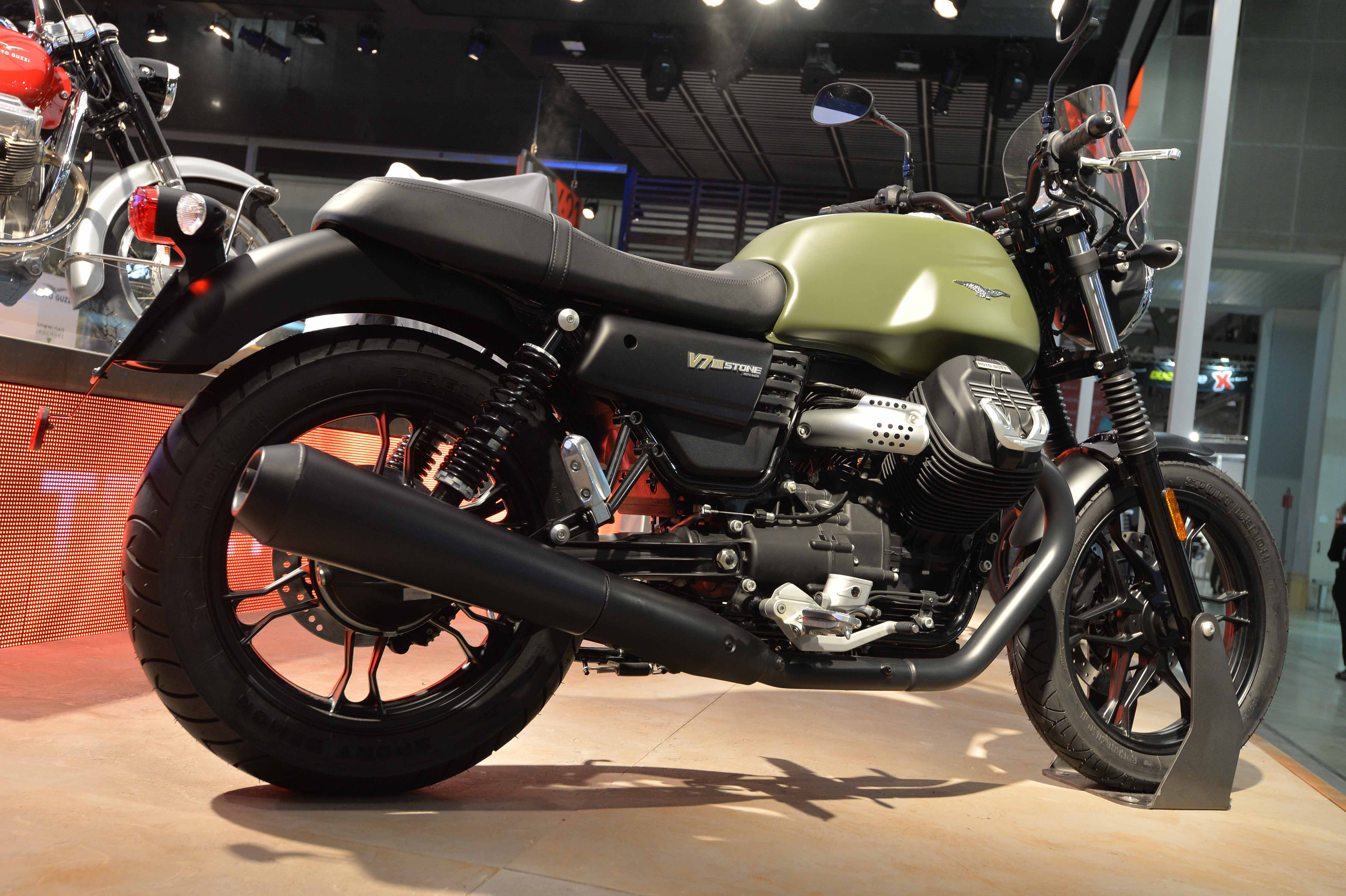 2017 Moto Guzzi V7 III Stone ABS in Brea, California