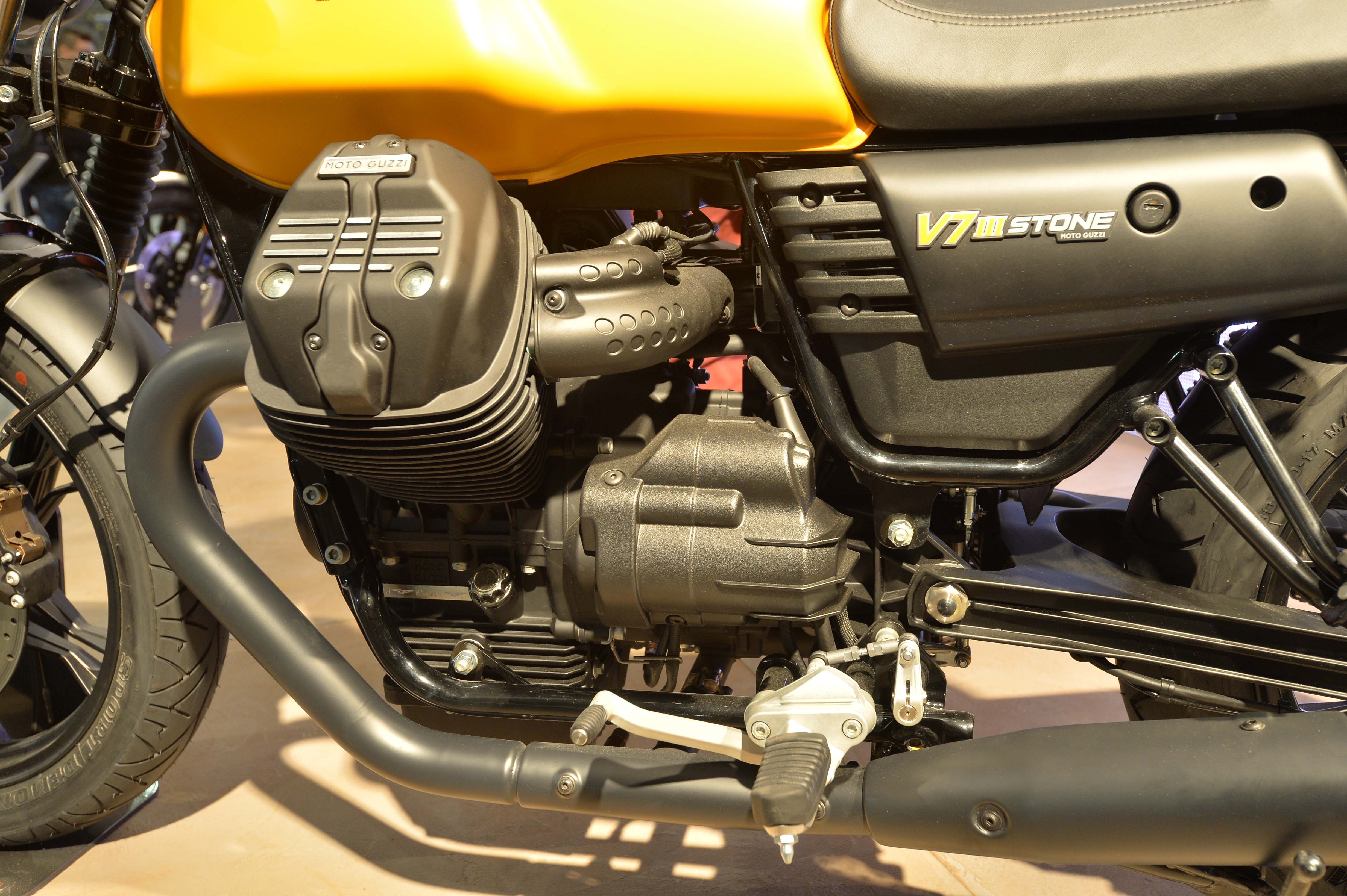 2017 Moto Guzzi V7 III Stone ABS in Brea, California