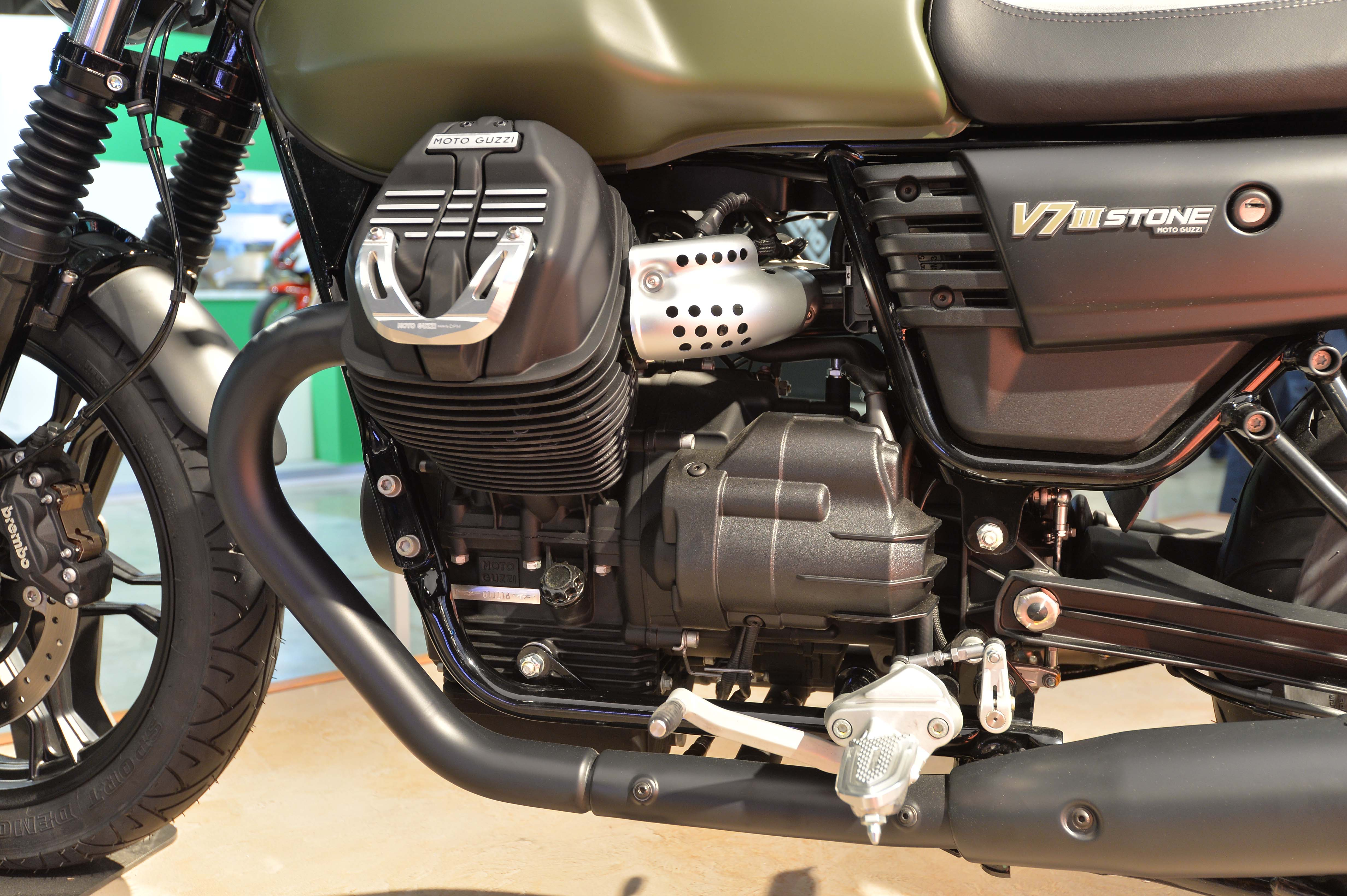 2017 Moto Guzzi V7 III Stone in Woodstock, Illinois