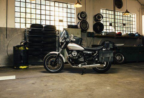 2017 Moto Guzzi V9 Roamer in Ferndale, Washington