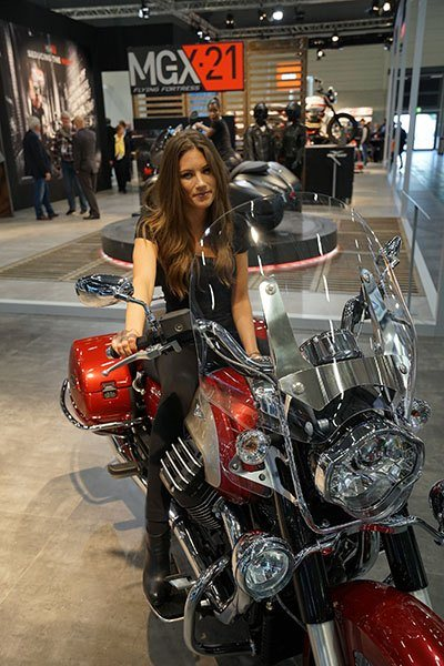 2017 Moto Guzzi California 1400 Touring ABS in Marina Del Rey, California - Photo 4