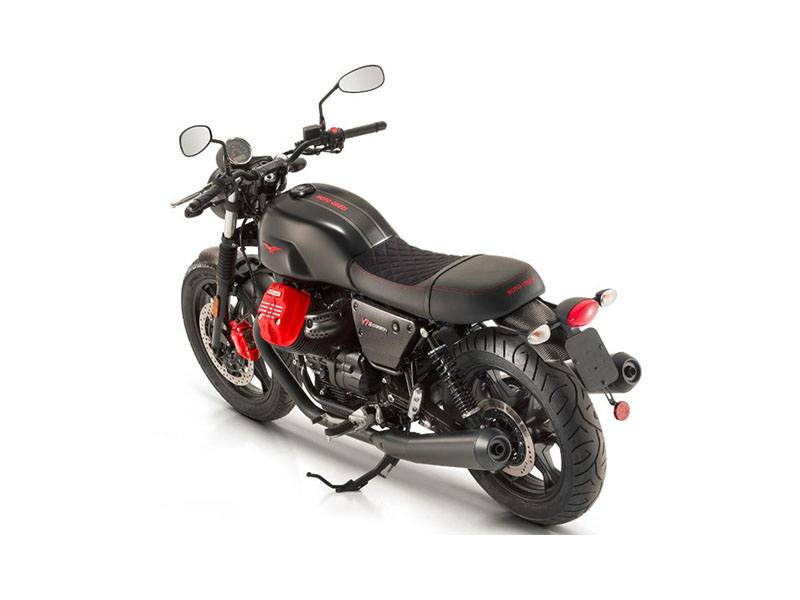2018 Moto Guzzi V7 III Carbon Dark in West Chester, Pennsylvania - Photo 2