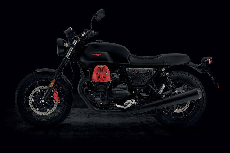 2018 Moto Guzzi V7 III Carbon Dark in Marina Del Rey, California - Photo 3