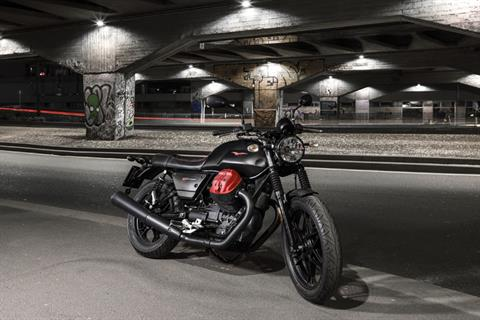 2018 Moto Guzzi V7 III Carbon Dark in West Chester, Pennsylvania