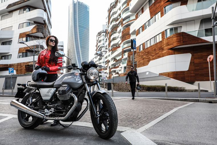 2018 Moto Guzzi V7 III Milano in Greensboro, North Carolina