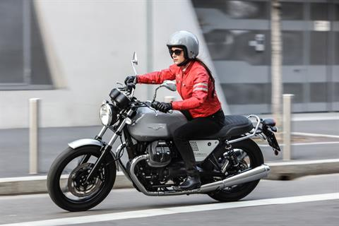 2018 Moto Guzzi V7 III Milano in Elk Grove, California - Photo 10