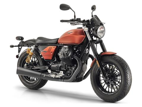 2020 Moto Guzzi V9 Bobber Sport in Fort Myers, Florida - Photo 3