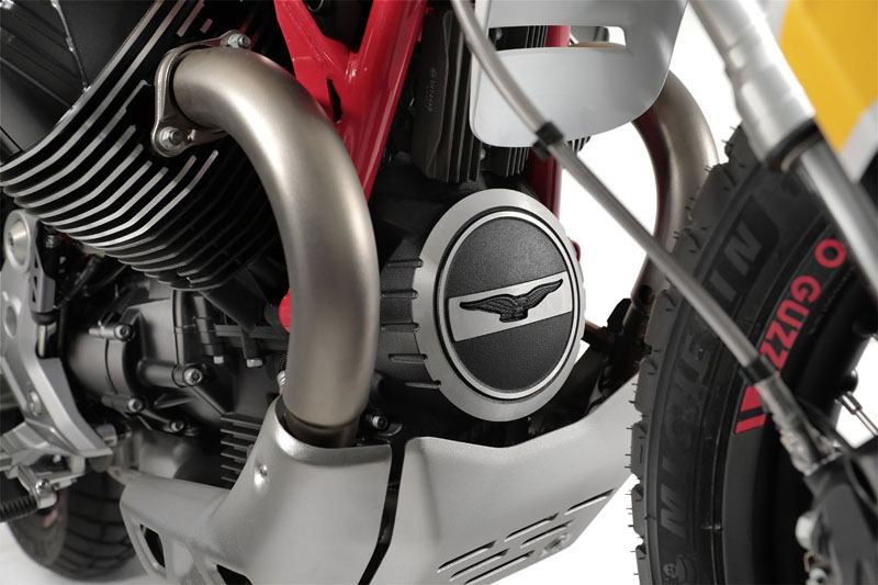 2020 Moto Guzzi V85 TT Adventure in Edwardsville, Illinois - Photo 2
