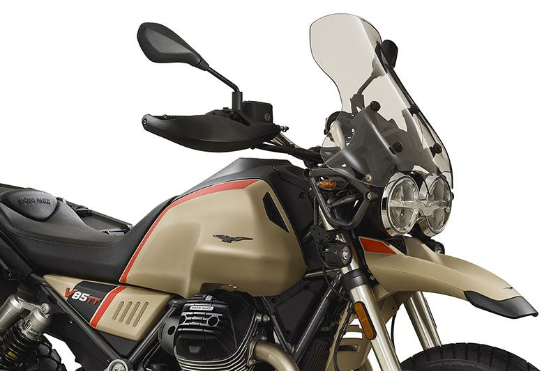 2020 Moto Guzzi V85 TT Travel in Goshen, New York - Photo 3