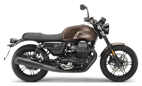 2020 Moto Guzzi V7 III Stone Night Pack in Edwardsville, Illinois