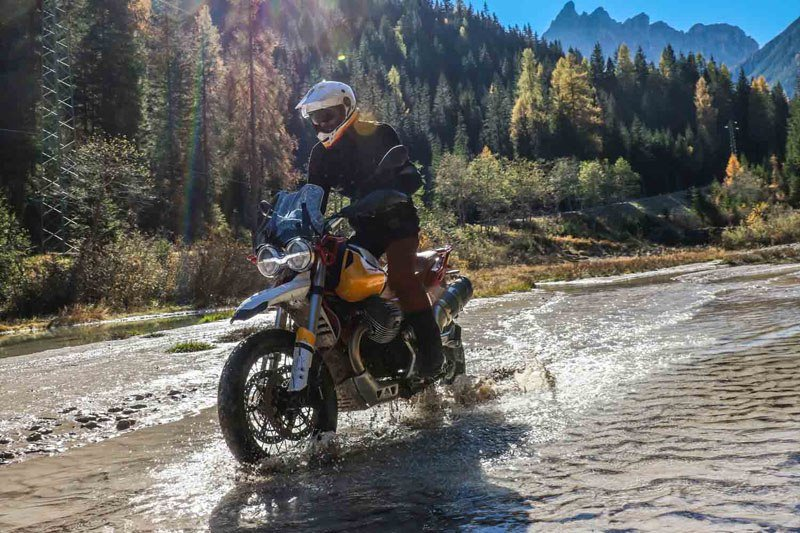 2020 Moto Guzzi V85 TT Adventure in Ferndale, Washington - Photo 2