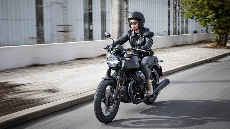 2021 Moto Guzzi V7 Stone E5 in Plano, Texas - Photo 11