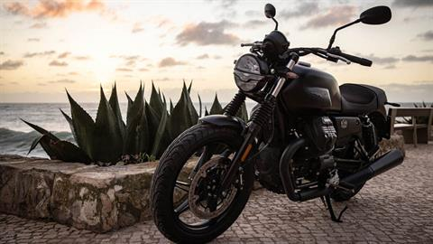 2021 Moto Guzzi V7 Stone E5 in Ferndale, Washington - Photo 3