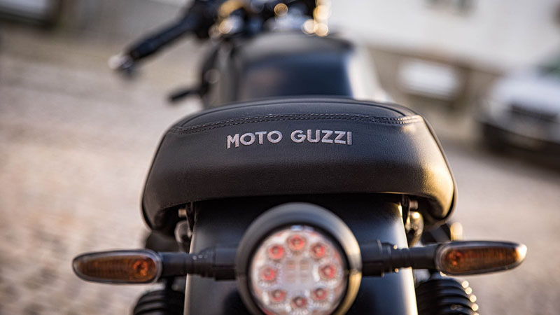 2021 Moto Guzzi V7 Stone E5 in Edwardsville, Illinois - Photo 8
