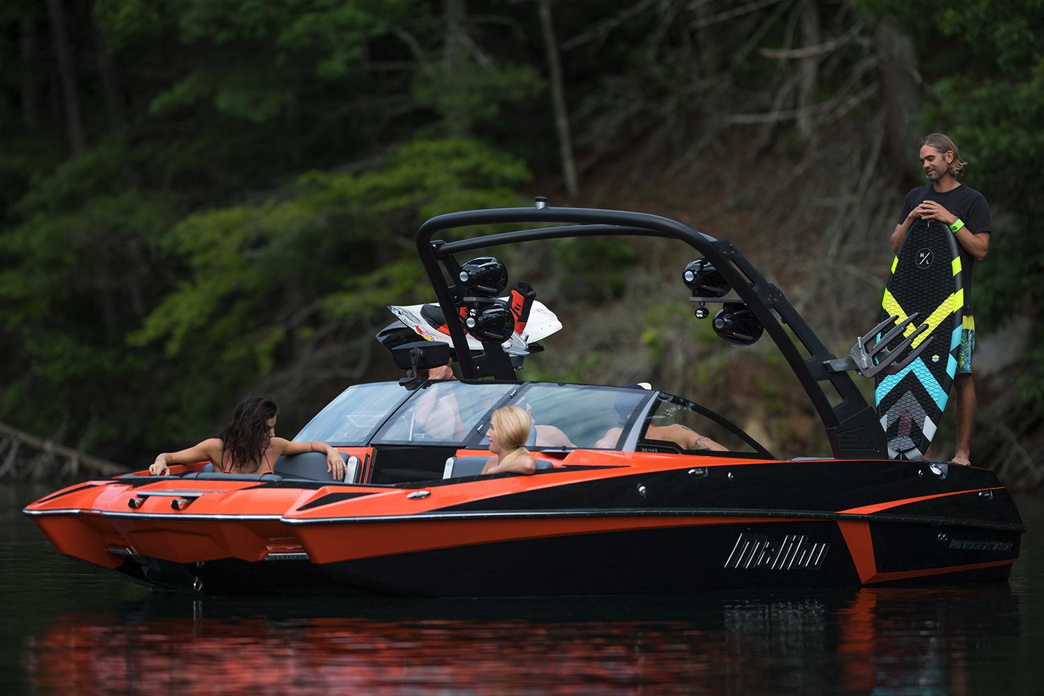 2017 Malibu Wakesetter 22 MXZ in Round Lake, Illinois