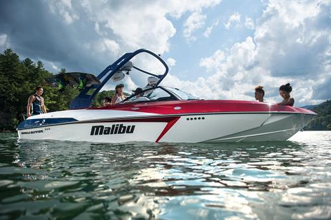 2017 Malibu Wakesetter 22 VLX in Round Lake, Illinois