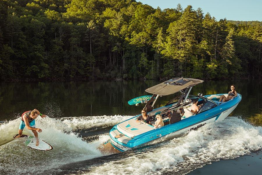 2018 Malibu Wakesetter 22 VLX in Round Lake, Illinois