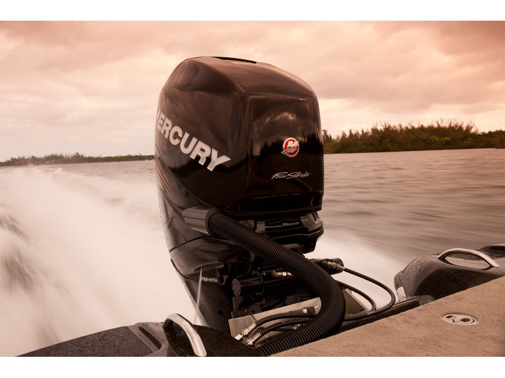 2016 Mercury Marine 300 Verado Pro FourStroke (20 in) in Naples, Maine