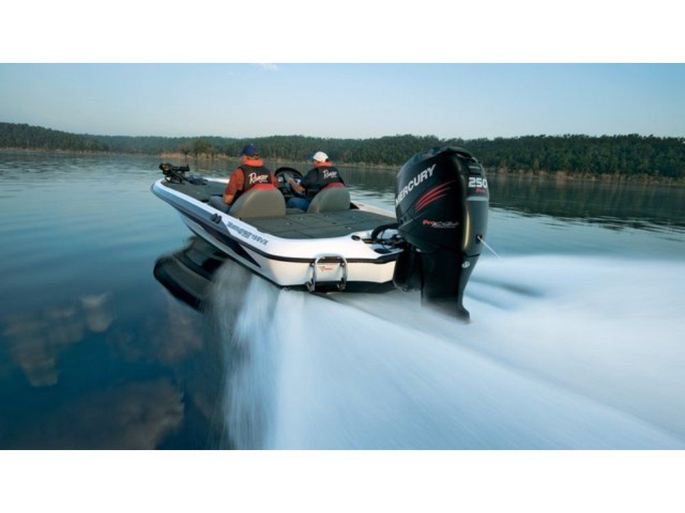 2016 Mercury Marine 300 Verado Pro FourStroke (25 in) in Willis, Texas
