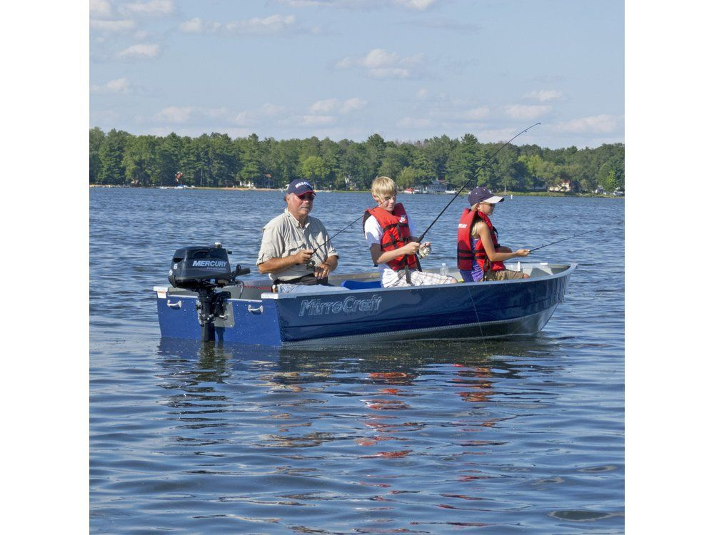 2017 Mercury Marine 6 hp FourStroke in Center Ossipee, New Hampshire
