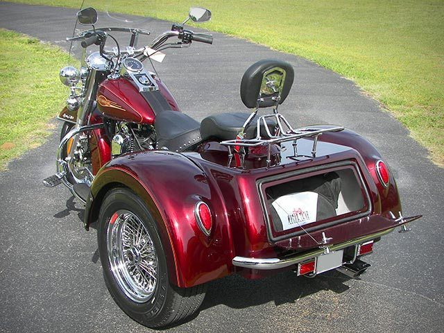 2016 Motor Trike Softail Roadster in Fairfield, Illinois