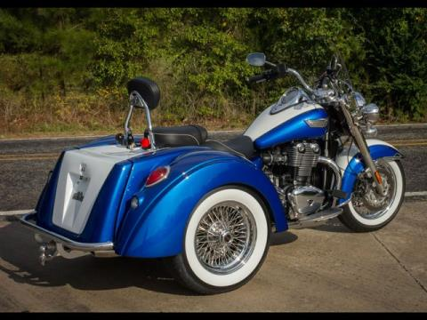 2016 Motor Trike Thunderbird LT IRS in Fairfield, Illinois