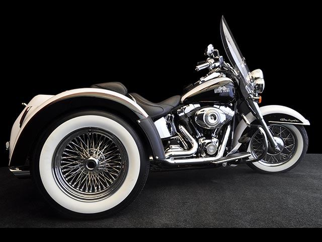 2017 Motor Trike Softail Roadster in Winchester, Tennessee