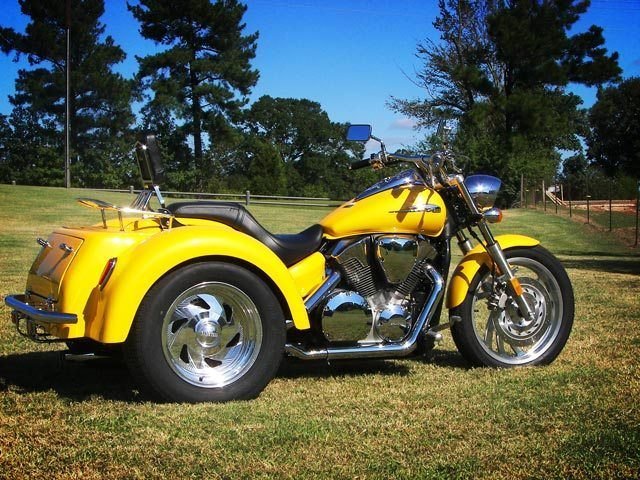 2019 Motor Trike VTX 1800 in Sarasota, Florida - Photo 2