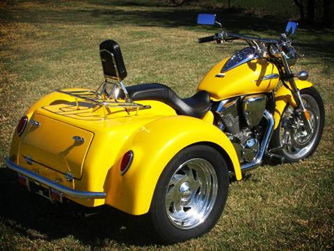 2021 Motor Trike VTX 1800 in Pasco, Washington - Photo 2