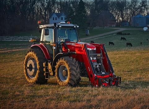 2018 Massey Ferguson 7724 Deluxe Row Crop Tractor (Dyna-VT) in Warren, Arkansas