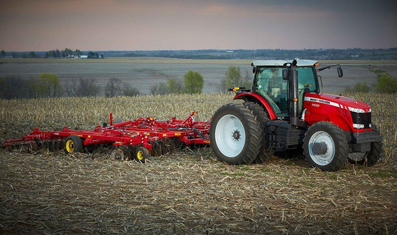 2018 Massey Ferguson 8650 Row Crop Tractor in Hazlehurst, Georgia