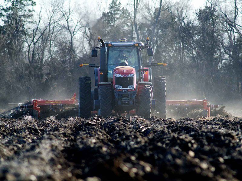 2018 Massey Ferguson 8670 Row Crop Tractor Tractors Hazlehurst Georgia